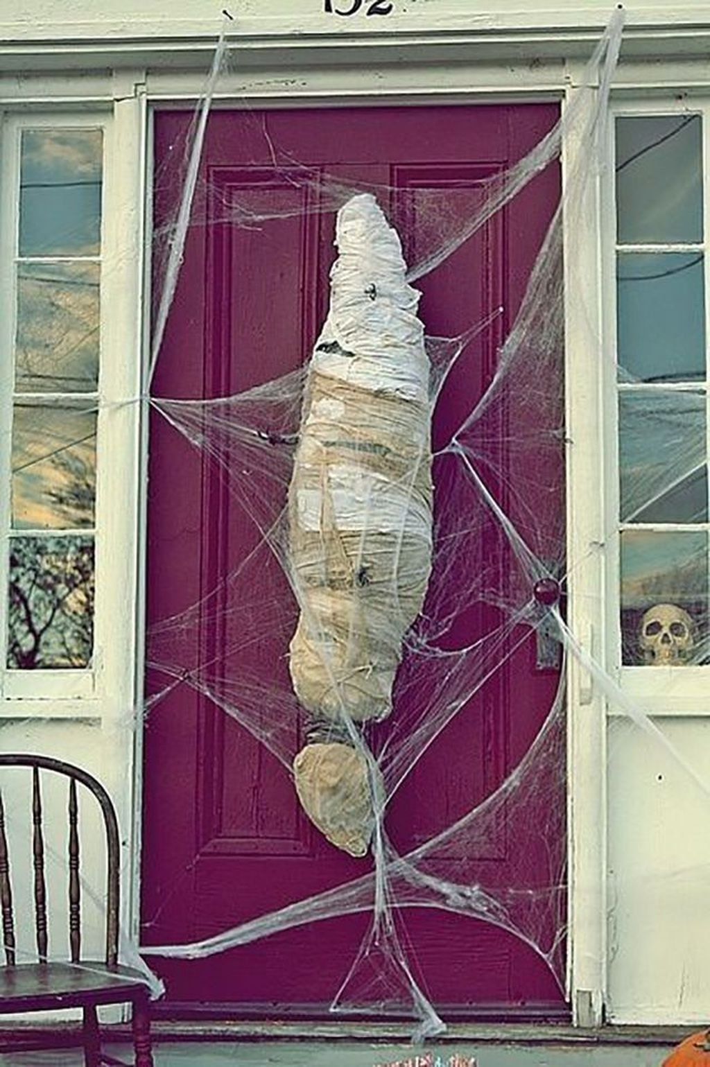 Casual Halloween Decorations Ideas That Are So Scary30