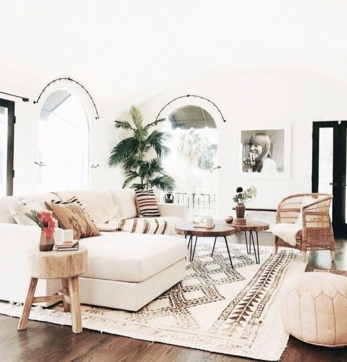 Comfy Living Room Decor Ideas To Make Anyone Feel Right At Home13