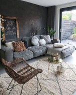 Comfy Living Room Decor Ideas To Make Anyone Feel Right At Home20