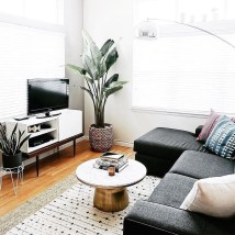 Comfy Living Room Decor Ideas To Make Anyone Feel Right At Home35