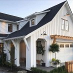 Cozy Farmhouse Exterior Design Ideas That Looks Cool03