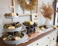 Excellent Fall Decorating Ideas For Home With Farmhouse Style36