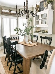 Excellent Fall Decorating Ideas For Home With Farmhouse Style39