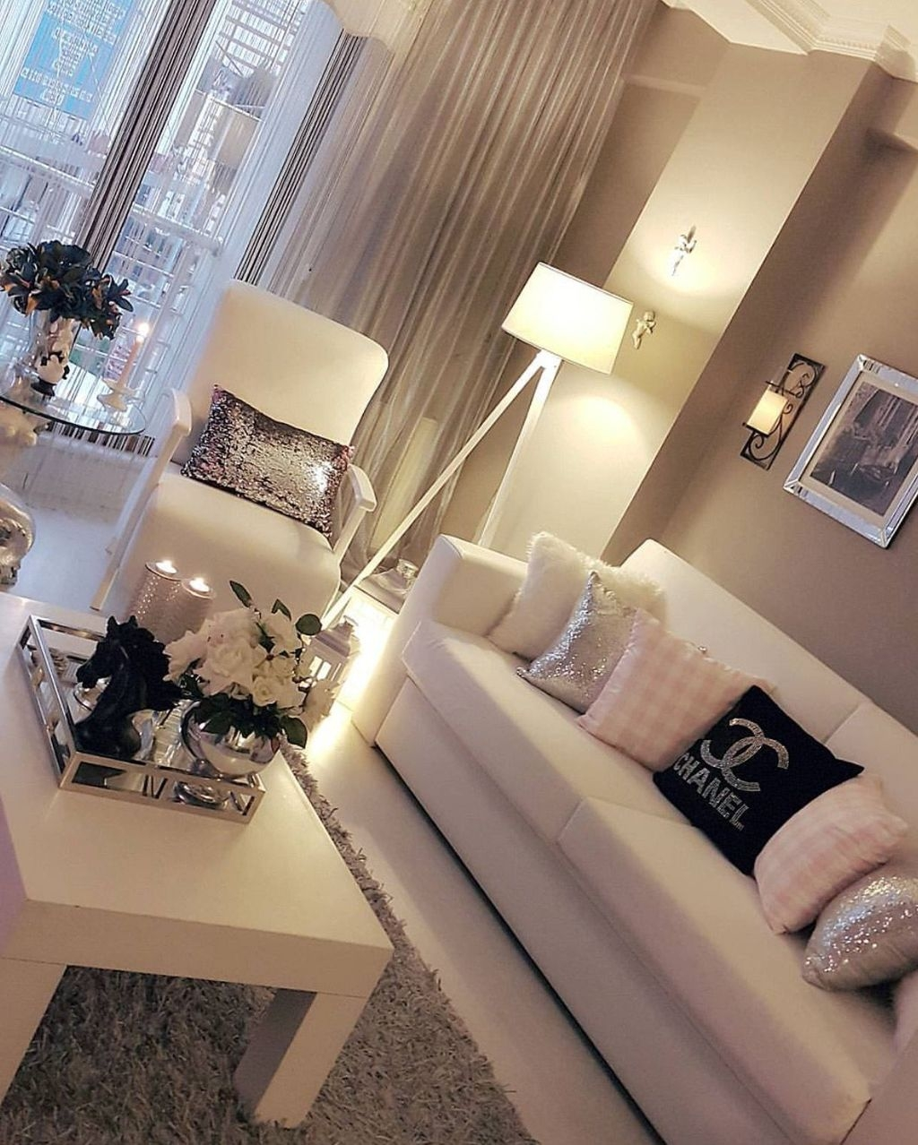 Extraordinary Living Room Lighting Ideas For Home Décor This Year42