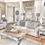Gorgeous Country Farmhouse Decor Ideas For Living Room30