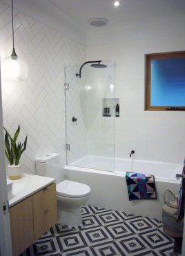 Latest Bathroom Decor Ideas That Match With Your Home Design35