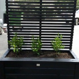 Pretty Privacy Fence Planter Boxes Ideas To Try11