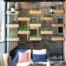 Pretty Privacy Fence Planter Boxes Ideas To Try14