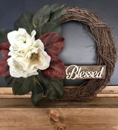 Pretty Wreath Decor Ideas To Hang On Your Door08