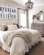 Spectacular Farmhouse Master Bedroom Decorating Ideas To Copy24