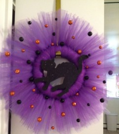 Stunning Diy Halloween Wreaths Design Ideas That Looks Cool19