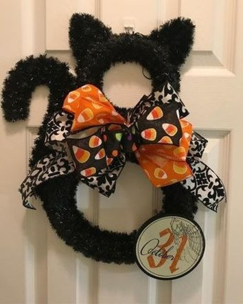 Stunning Diy Halloween Wreaths Design Ideas That Looks Cool24