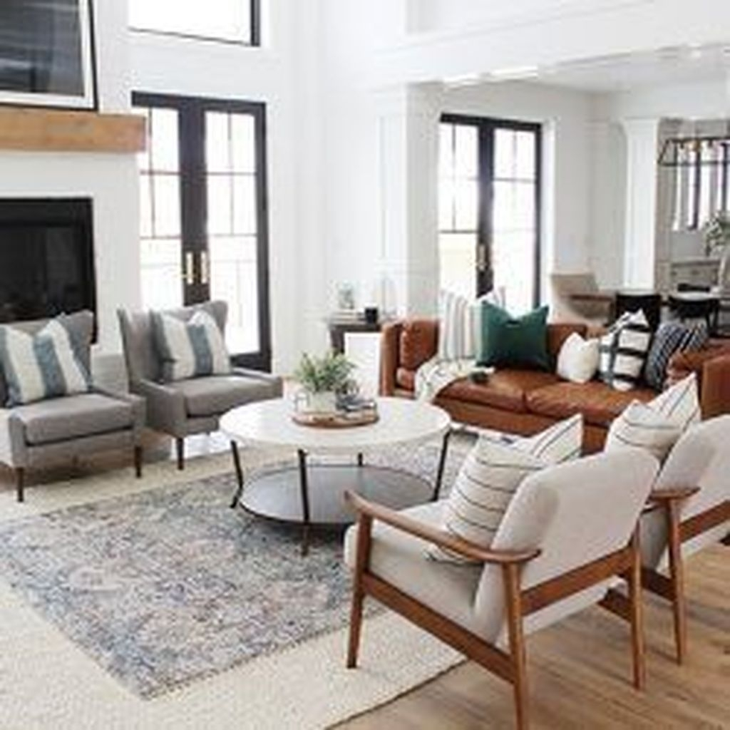 Wonderful Neutral Living Room Design Ideas To Try17