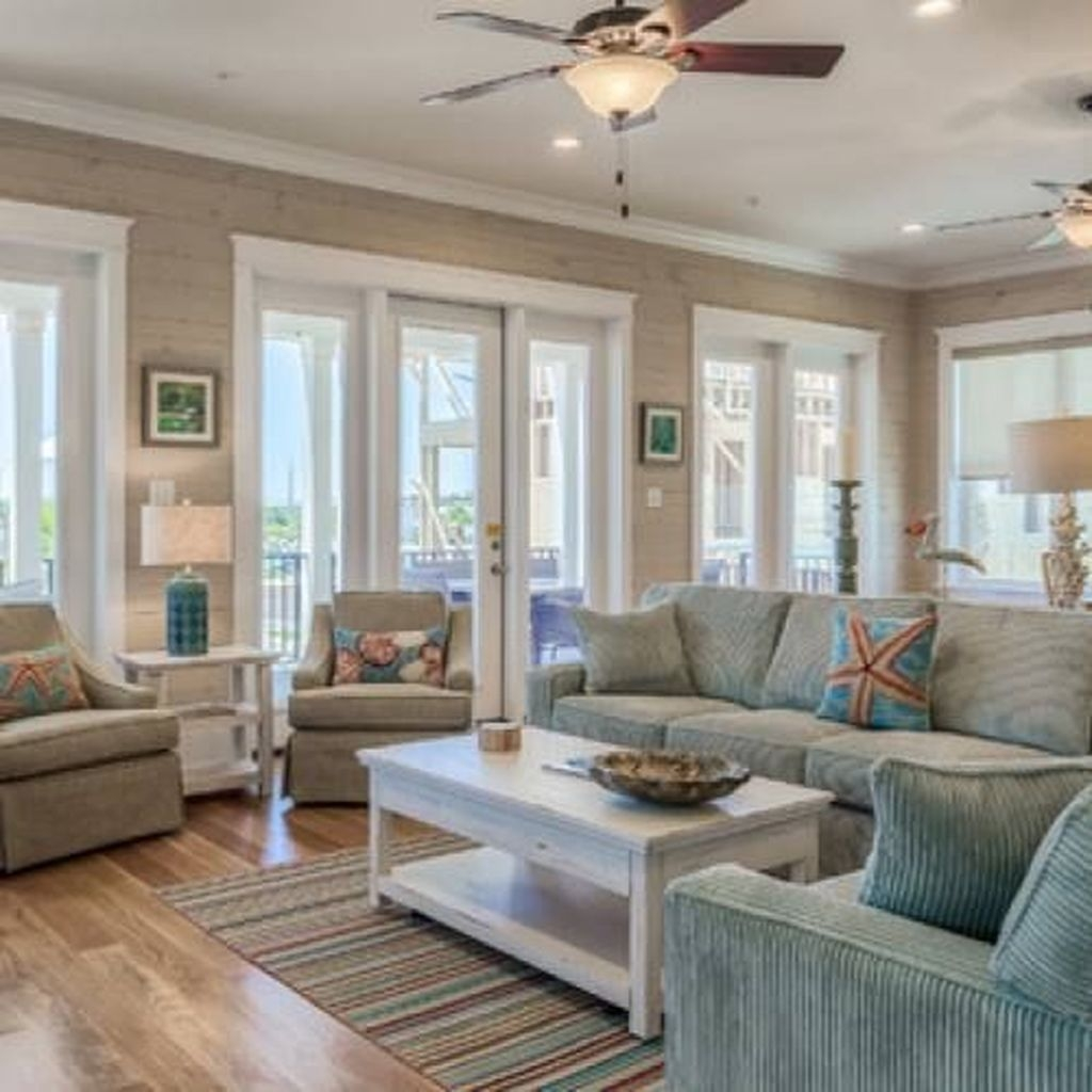 Wonderful Neutral Living Room Design Ideas To Try26