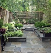 Chic Small Courtyard Garden Design Ideas For You11