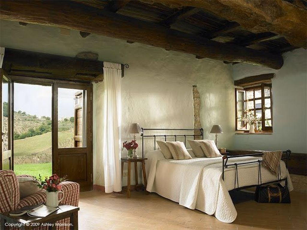 Extraordinary Mediterranean Farmhouse Design For You48