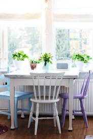 Stunning Dining Room Design Ideas With Multicolored Chairs07