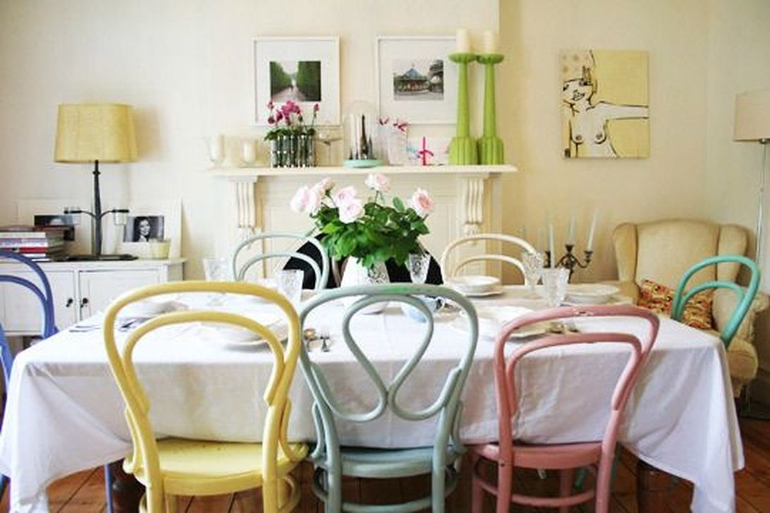 Stunning Dining Room Design Ideas With Multicolored Chairs26