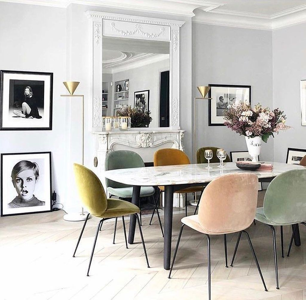 Stunning Dining Room Design Ideas With Multicolored Chairs30