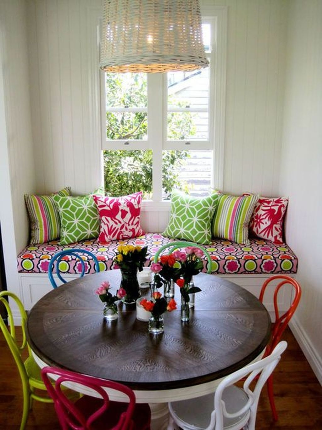 Stunning Dining Room Design Ideas With Multicolored Chairs33