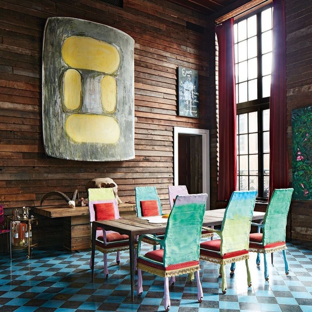 Stunning Dining Room Design Ideas With Multicolored Chairs34