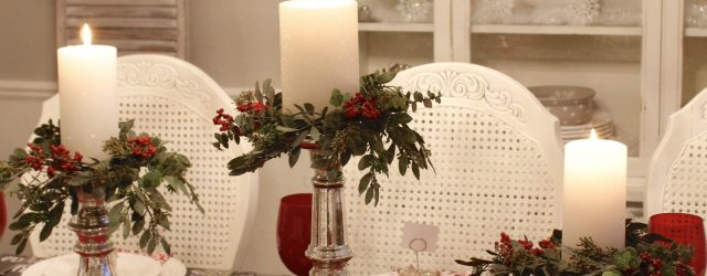Lovely Dining Room Christmas Decor Ideas