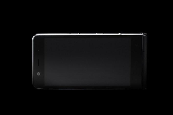kodak-ektra-smartphone-eastman-kodak-company-bullitt-group_dezeen_2364_col_0-1