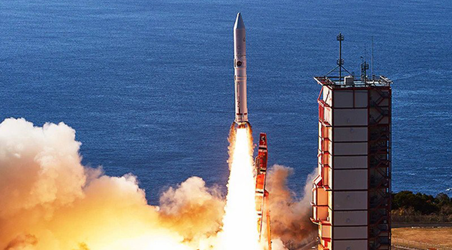 Japan satellite artificial meteor shower