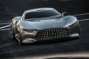 Mercedes-Benz-AMG-Vision-Gran-Turismo-Concept-front-view