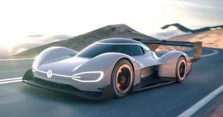 Racing Car World Faster From Arabia