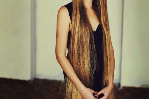 Top 5 Women with Extremely Long Hair