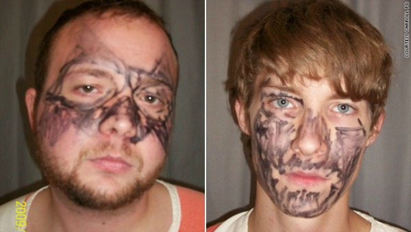 """Dubbed as """"dumb and dumber,"""" these two robbers wore """"the worst disguise ever"""""""