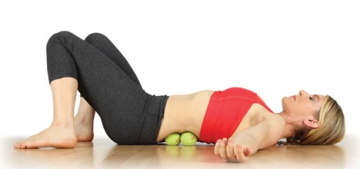 Get rid of sciatic and back pain through tennis ball therapy