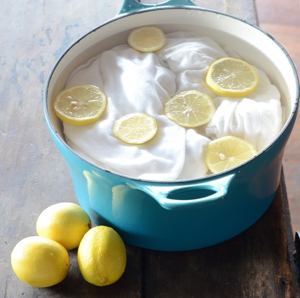 Lemons can play the role of gentle bleach