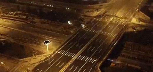 This time-lapse video of Chinese workers modifying a bridge will astonish you