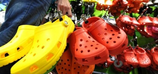 If you like wearing these types of sandals, you can be in big trouble. Find out why