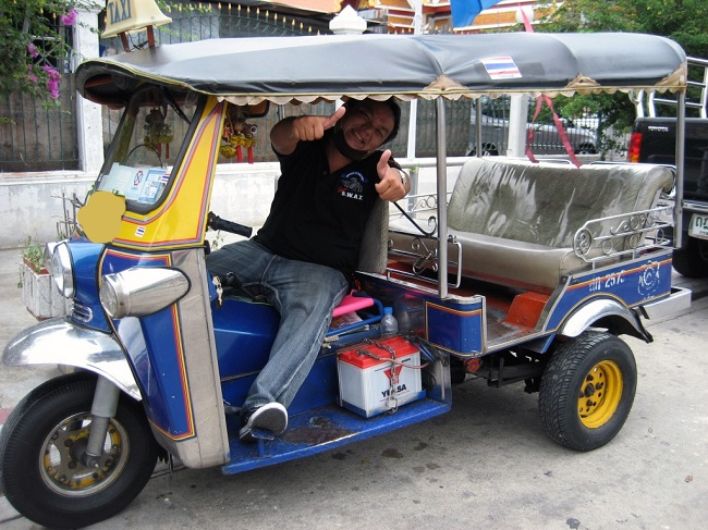 tuk tuk or a taxi scam