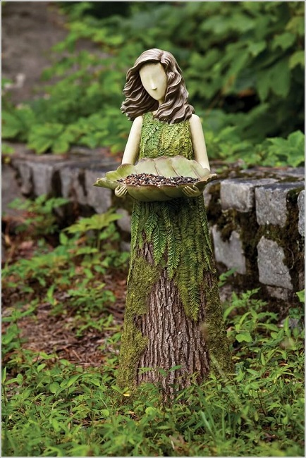 Tree stump sculptures