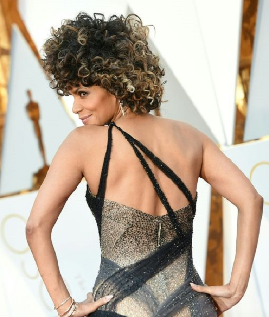 Halle Berry still want to be among her fans