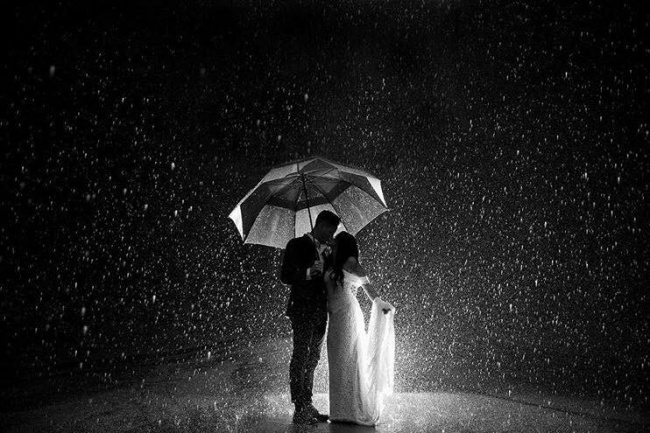 This rainy day wedding