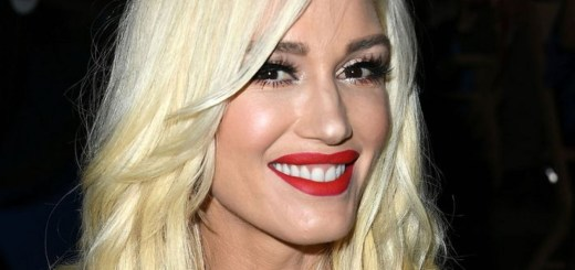 Gwen Stefani Took a Makeup-free Selfie and Fans Can't Recognize Her
