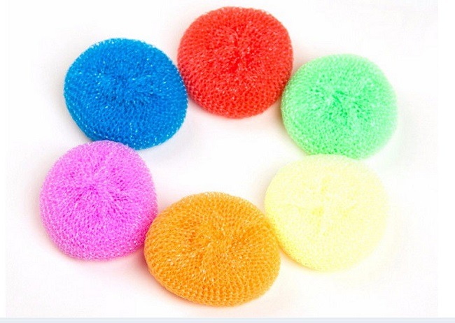 Sponges used in kitchens