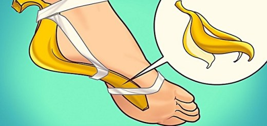 Tie a Banana Peel for Seven Days and See What Happens To Your Body