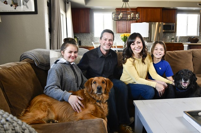 Dog rescued family from carbon