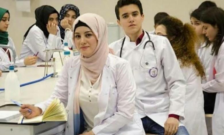 الأطباء السوريون