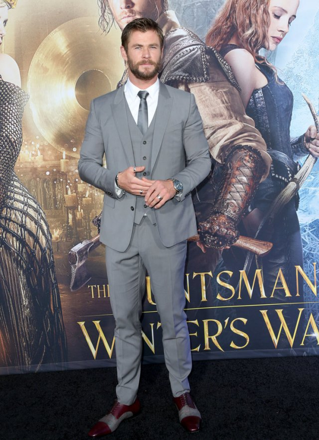 Chris-Hemsworth-Huntsman-Winter-War-LA-Premiere-Photos2