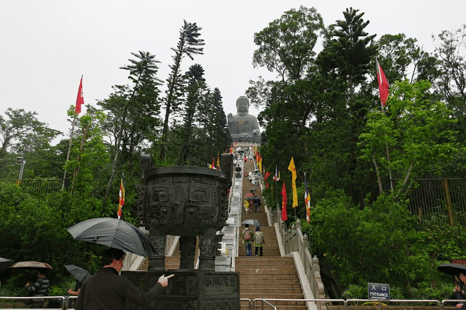 Steep walkway to the Giant Buddha