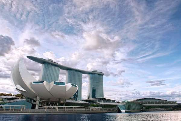 Swimming pool atop Marina Bay Sands in Singapore