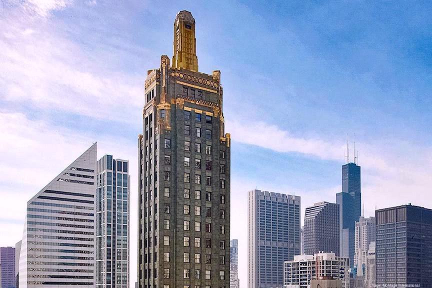 Pendry Hotel Chicago inside the Art Deco Carbide & Carbon Building