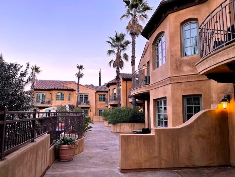 Tuscan-styled rooms and suites at Hotel Los Gatos